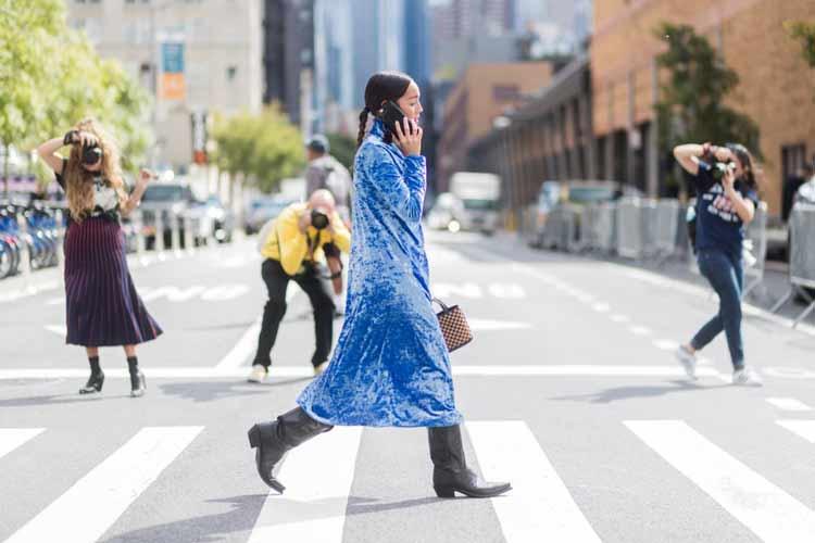 bota-country-e-vestido-azul