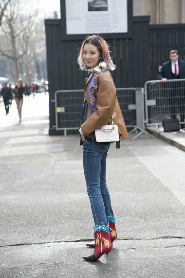 bota-country-look-calça-jeans-e-jaqueta-de-couro