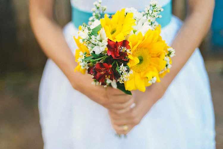 bouque-de-flores-colorido-casamento