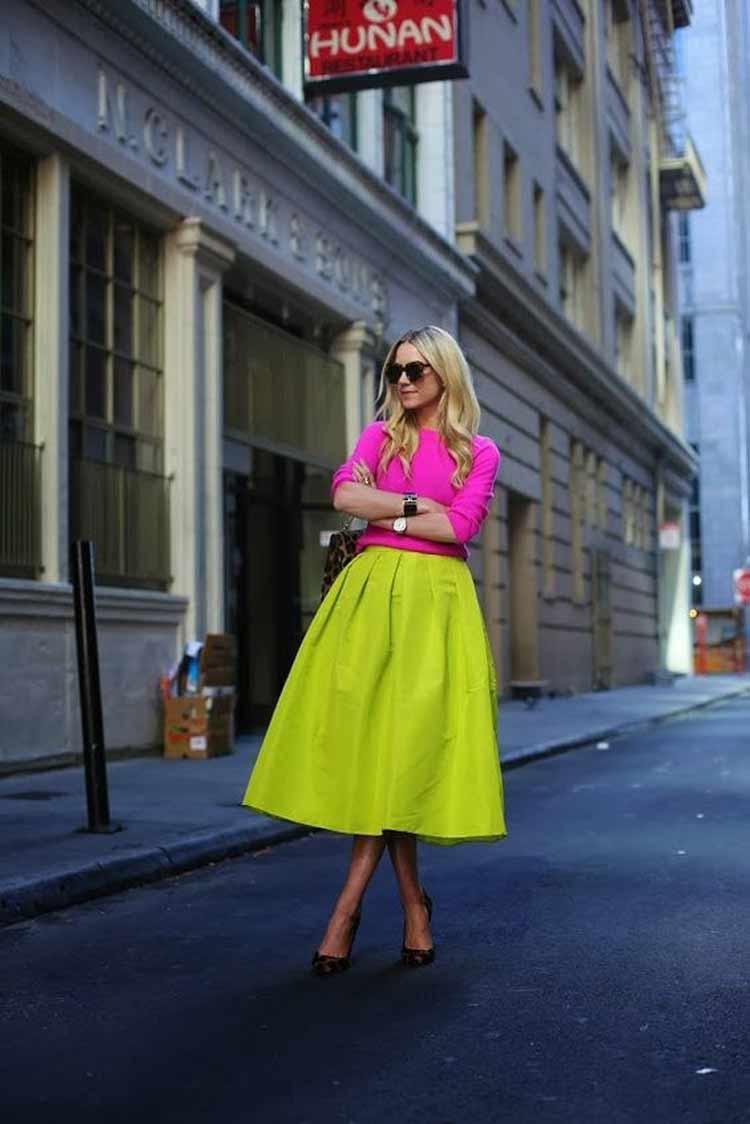 looks-neon-como-usar-saia-amarela-e-blusa-rosa