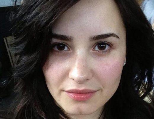 mulher-sem-maquiagem
