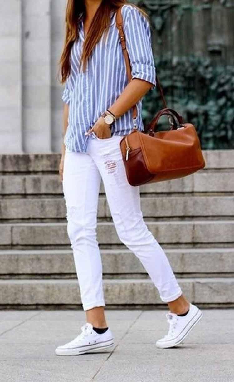 calca-branca-camisa-social-listrada-e-tenis-all-star