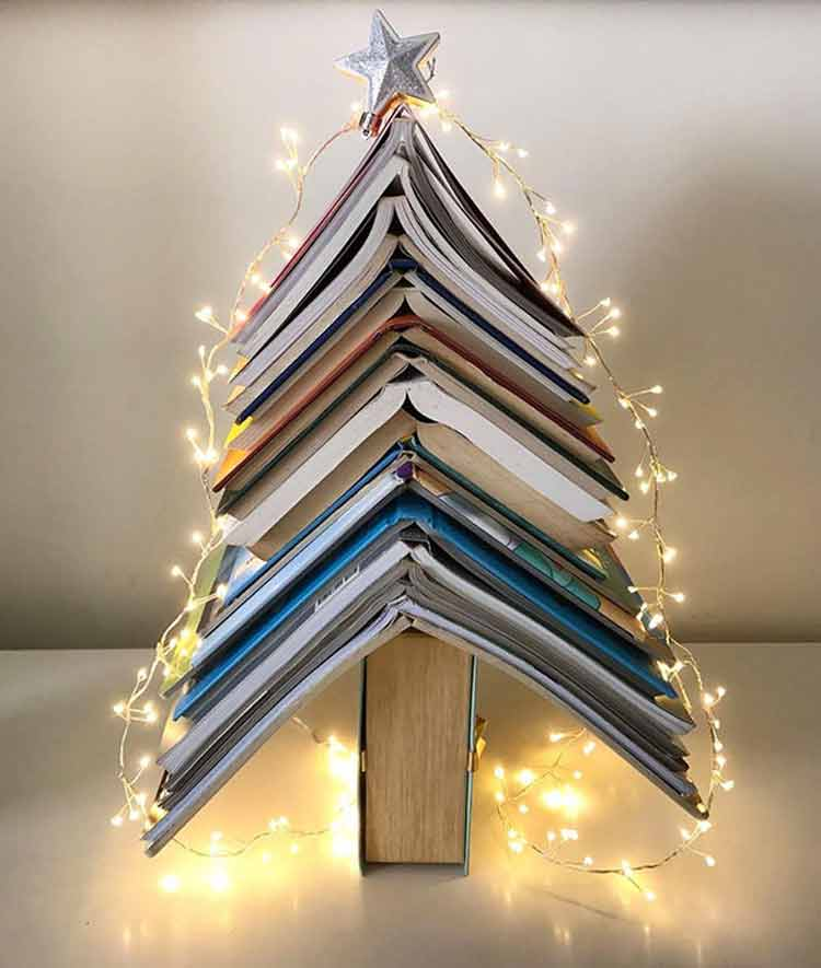 arvore-de-natal-com-livros