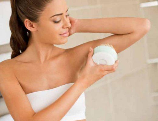 escovação-a-seco-do-corpo