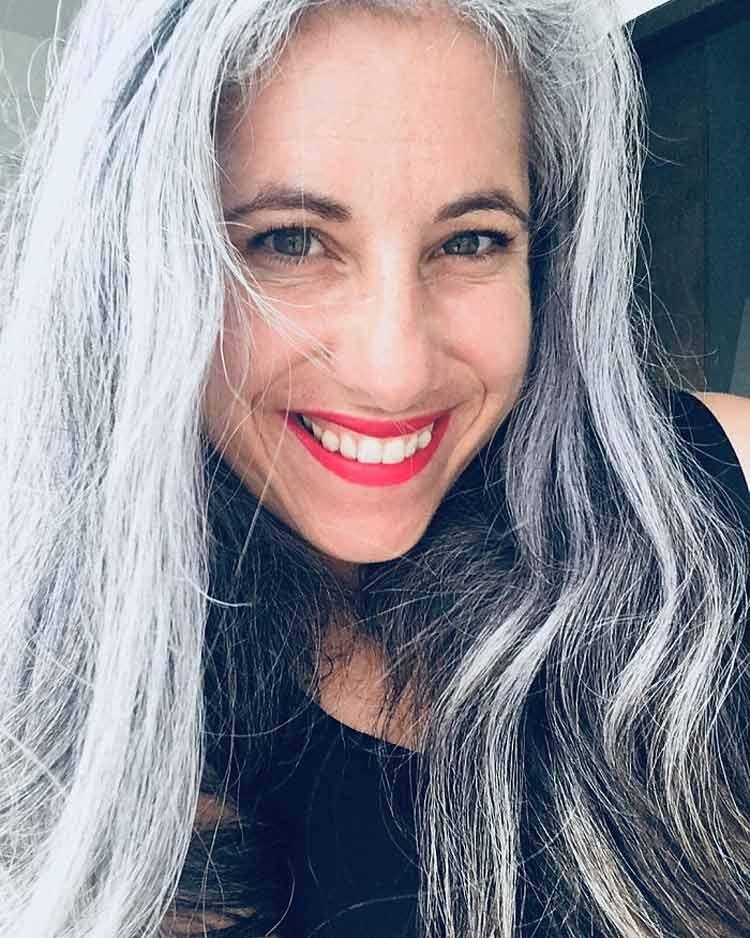 mulheres-com-cabelo-branco-25