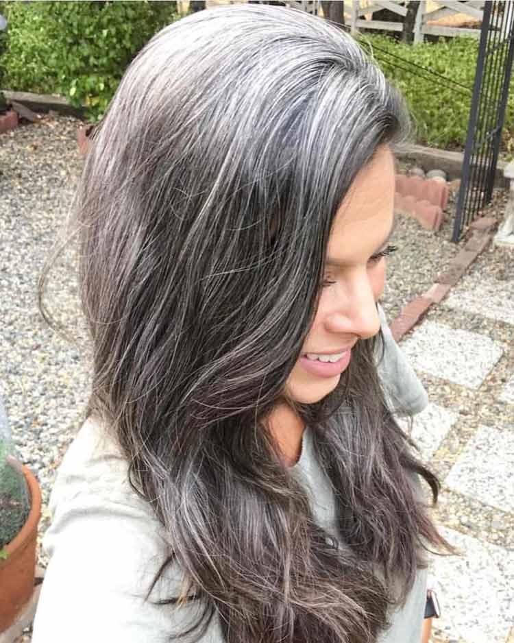 mulheres-com-cabelo-branco-36