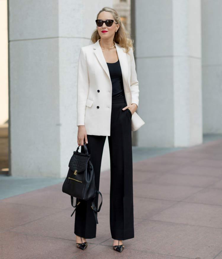 blazer-branco-e-calça-preta-looks-para-entrevista-de-emprego
