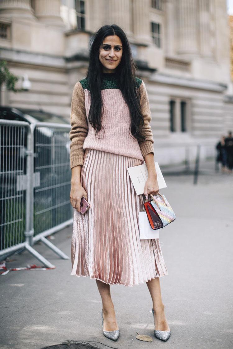 look-saia-plissada-rosa-claro