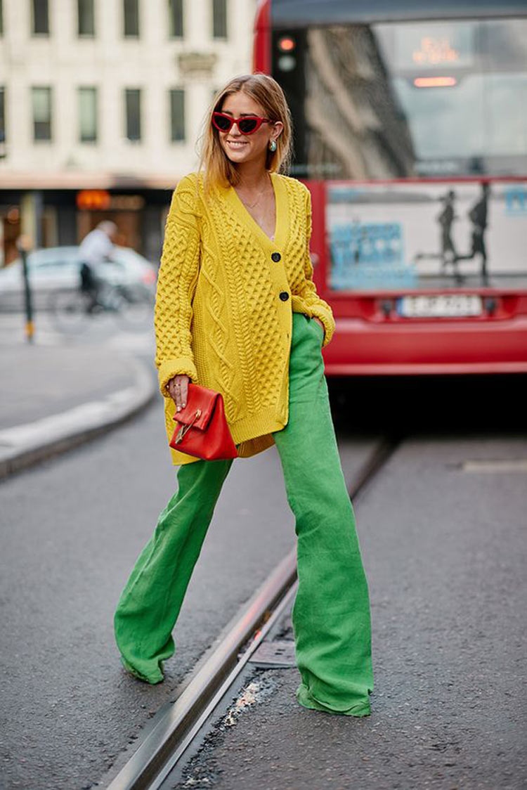 looks-com-cardigan-amarelo