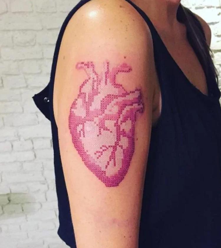 tatuagem-bordada-coração