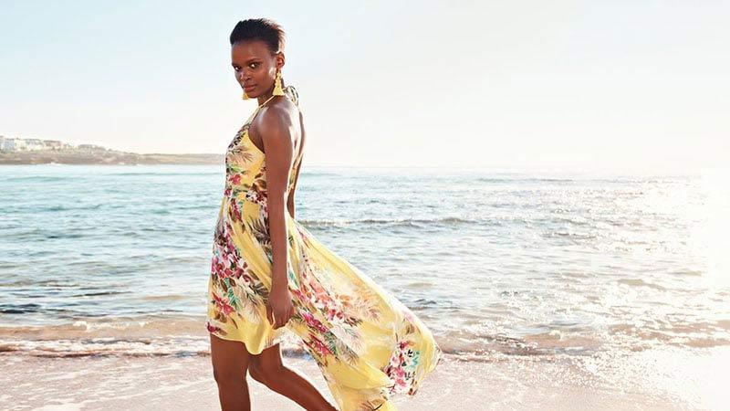 traje-coquetel-na-praia