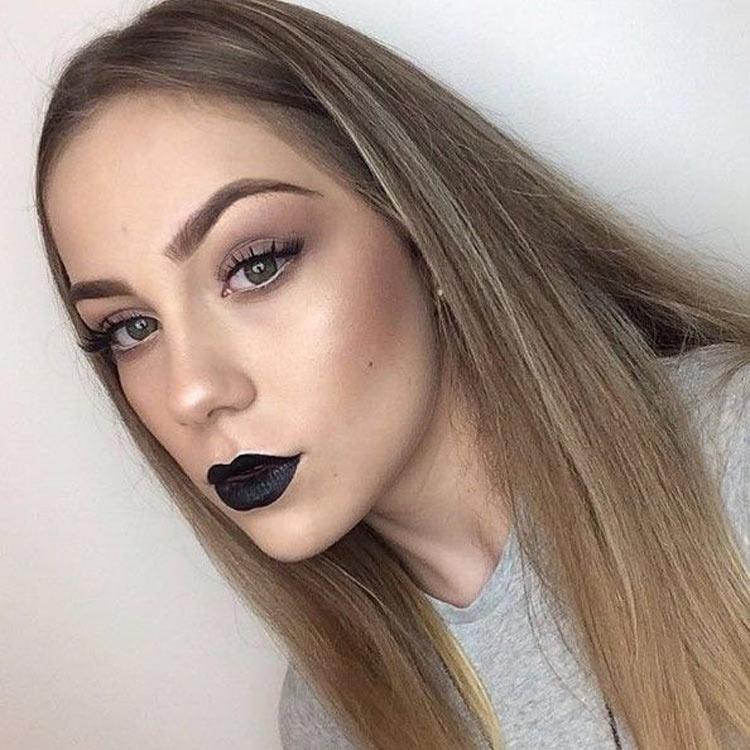 batom-preto-maquiagem