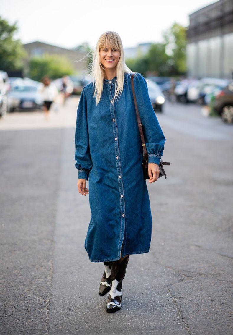 vestido-jeans-e-bota-country