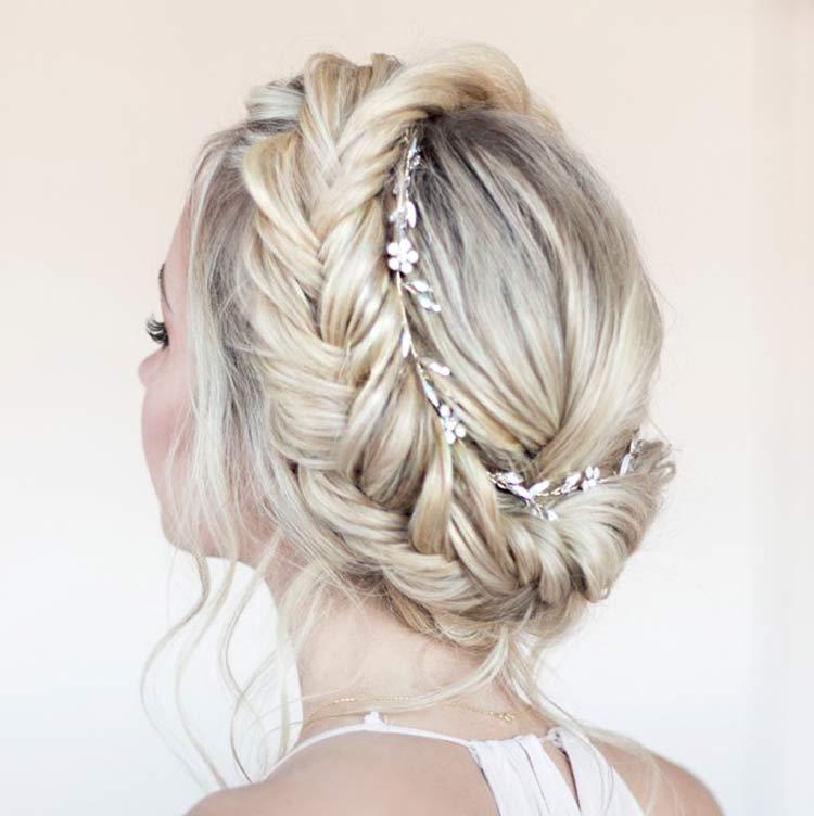 penteado-noivas-trança-coroa
