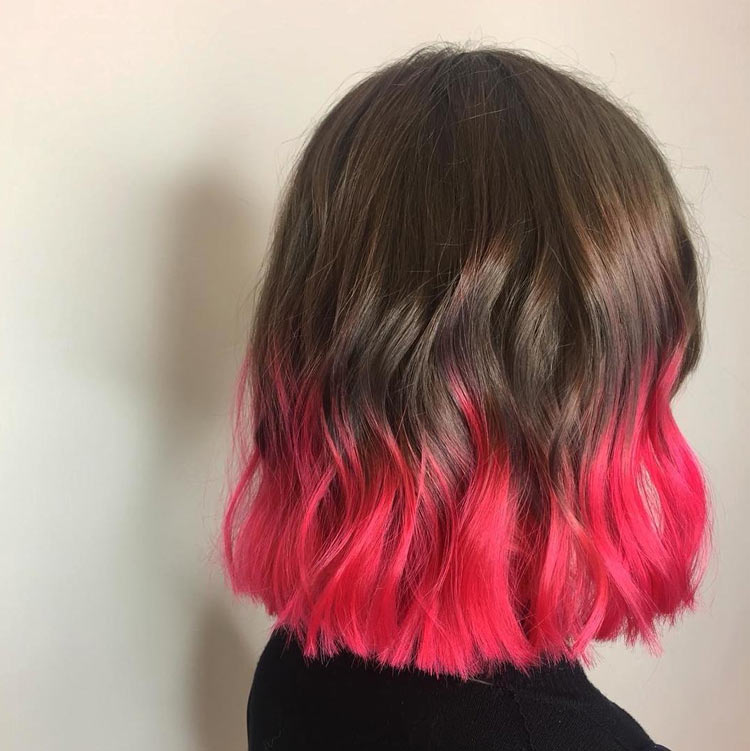cabelo-bicolor-com-ponta-rosa