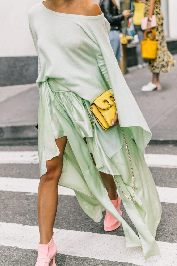neo-mint-verde-menta-cor-verão-2020-com-bolsa-amarela