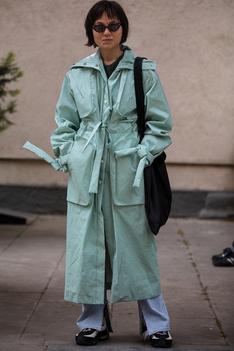 neo-mint-verde-menta-cor-verão-2020-trench-coat