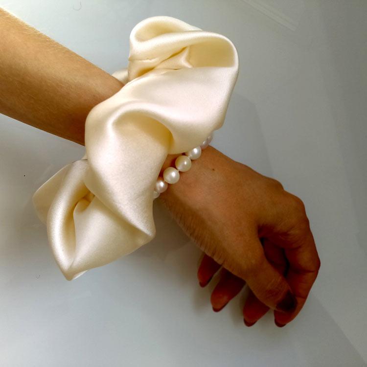 scrunchies-grande-como-bracelete
