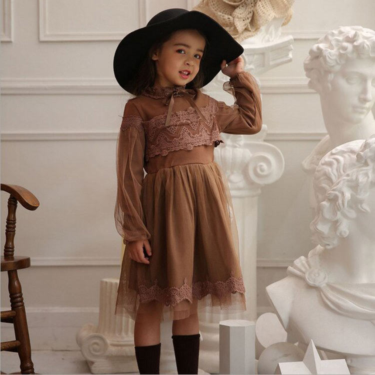 vestido-de-festa-infantil-marrom-manga-comprida-e-renda