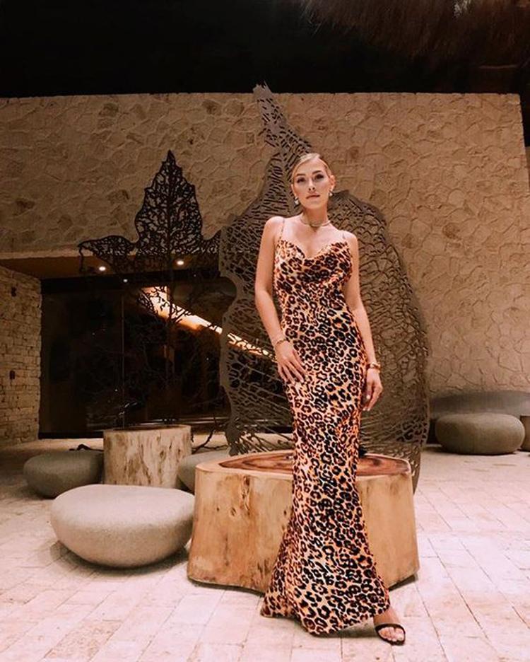 vestido-decote-drapeado-onça-longo