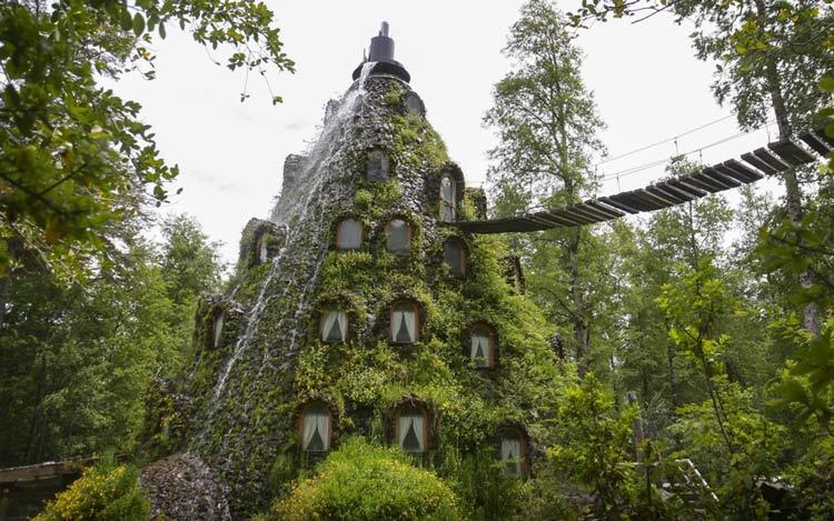 Magic-Mountain-Lodge