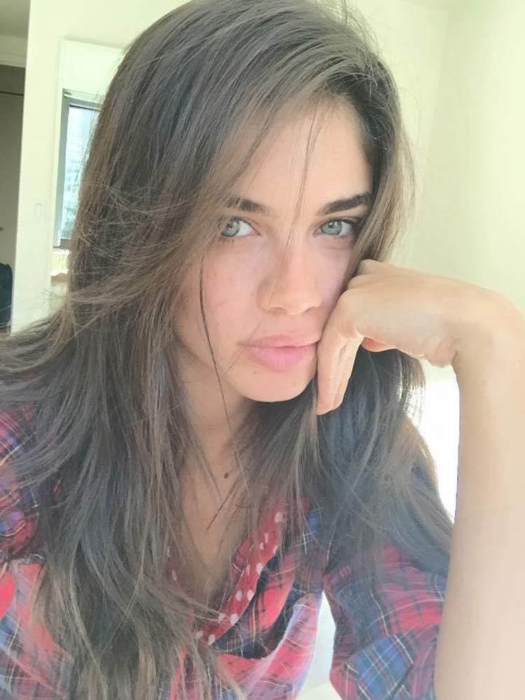 Sara-Carbonero-sem-maquiagem