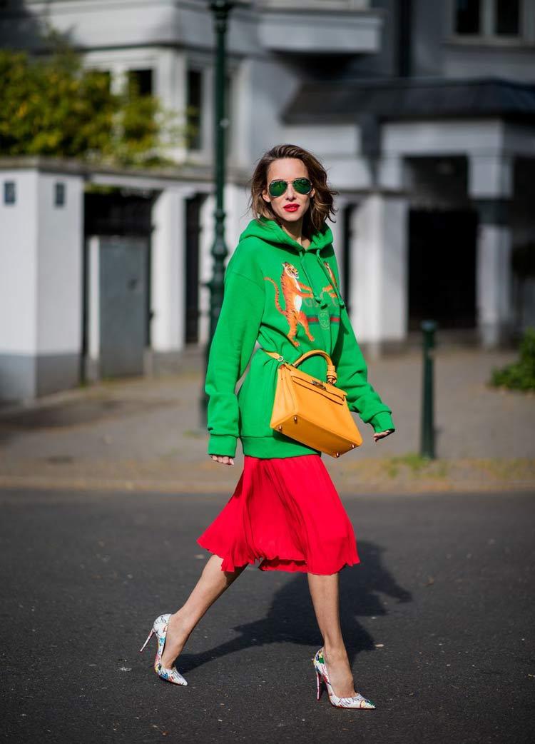 look-verde-e-vermelho