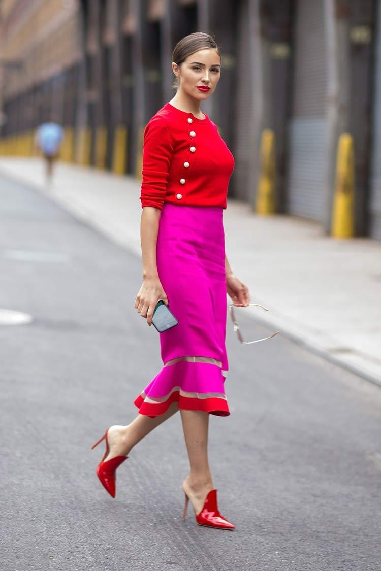 looks-saia-rosa-e-blusa-vermelha