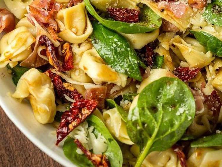 salada-de-Tortellini-