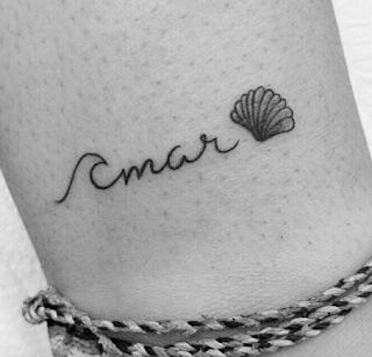 tatuagem-pequena-escrita-amar