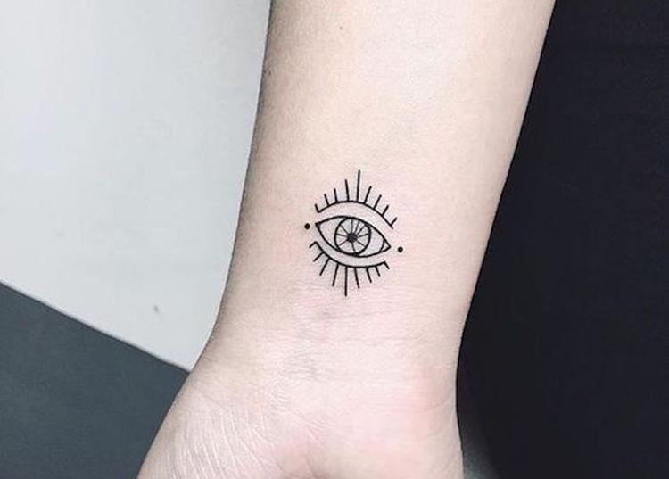tatuagem-pequena-no-pulso