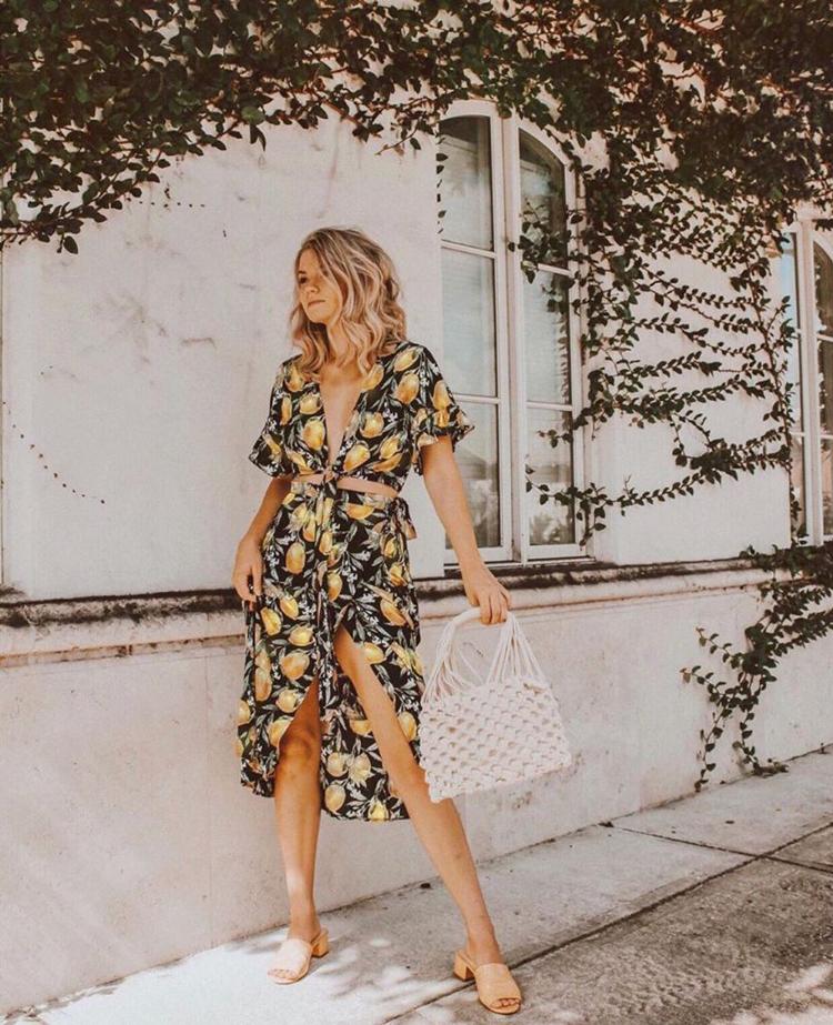 vestido-com-estampa-de-limão