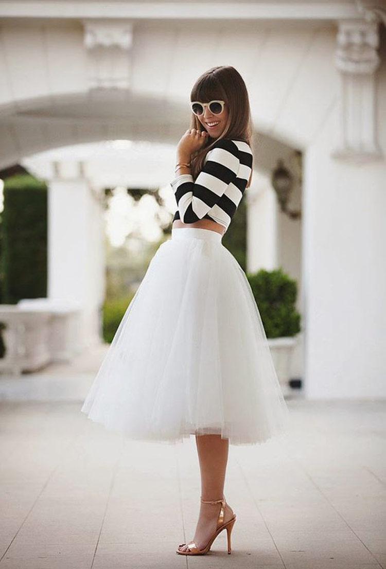 saia-tule-branco-e-blusa-manga-comprida-listrada