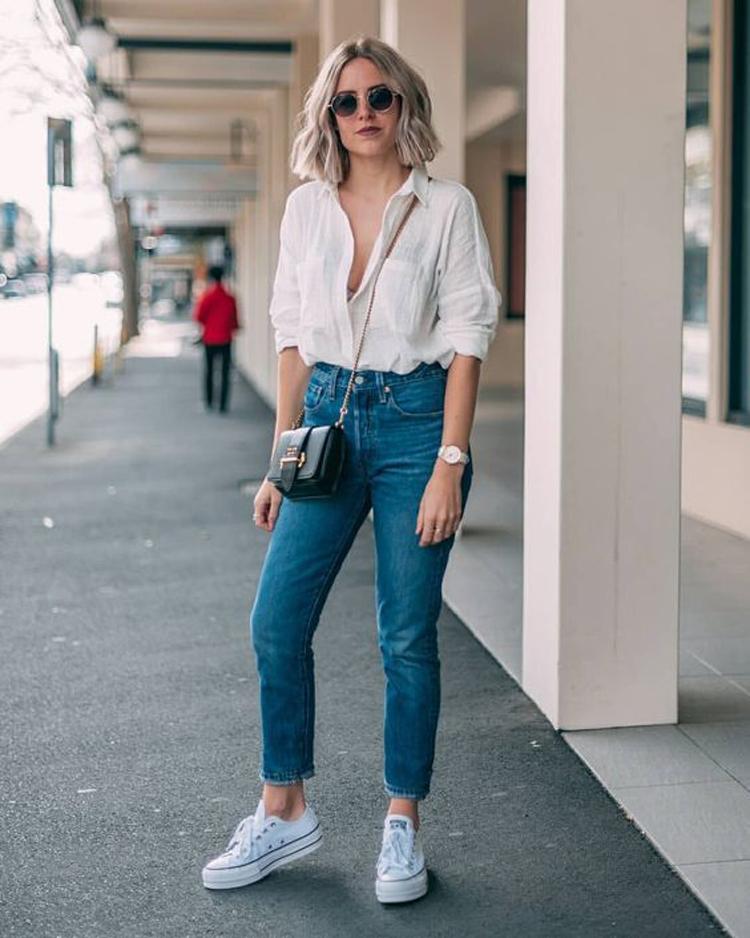looks-com-camisa-branca-calça-jeans-e-tenis
