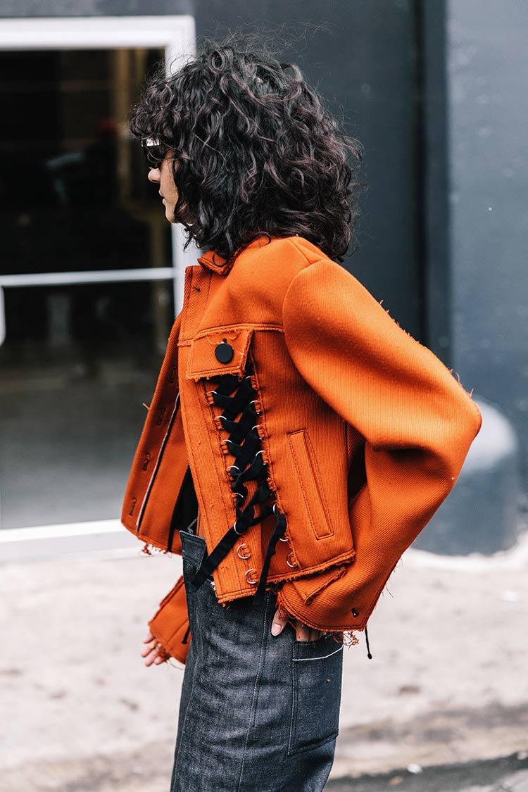 Cores-das-roupas-para-cabelos-castanhos-laranja