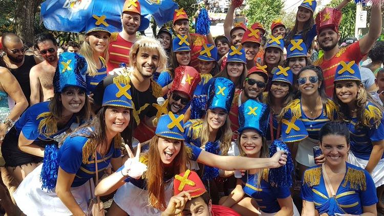 Fantasia-de-Paquita-carnaval-de-rua