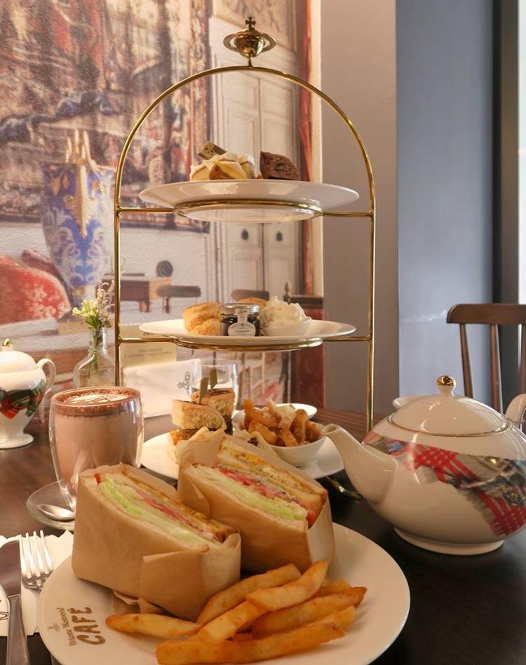 Vivienne-Westwood-Café