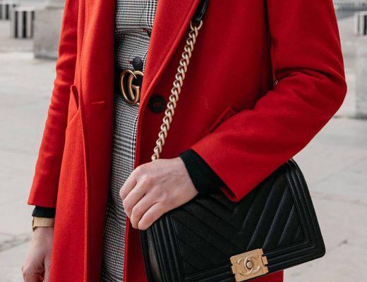 como-combinar-casaco-vermelho