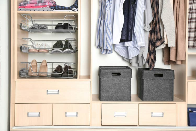 como-organizar-armarios-e-acessorios-dicas