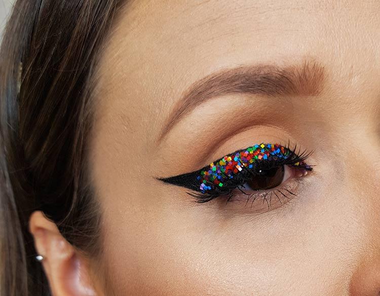 delineador-com-glitter-natural