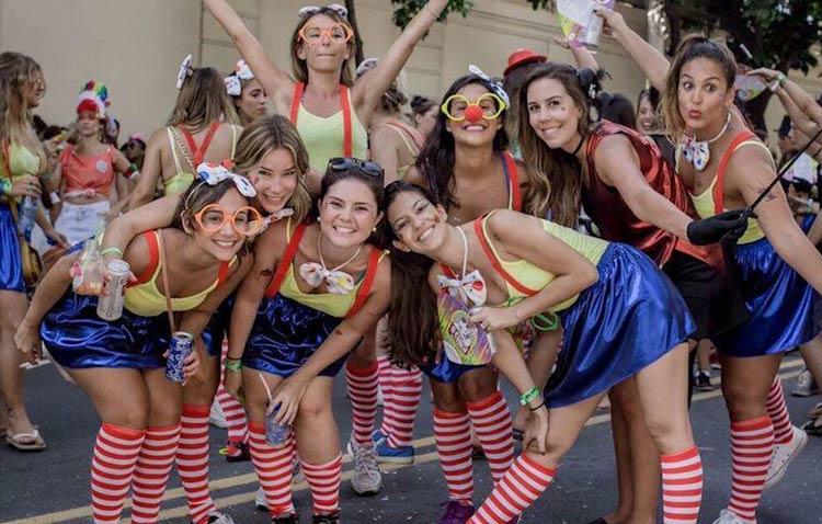 fantasias-de-carnaval-de-rua-grupos