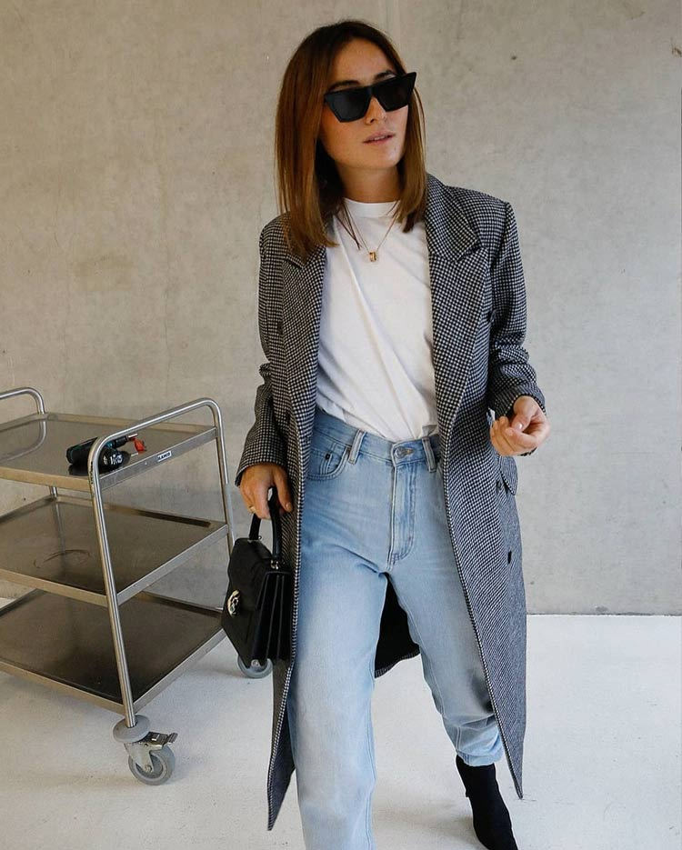 "simple-looks-with-jeans ""width ="" 750 ""height ="" 935 ""srcset ="" https://www.wefashiontrends.com/wp-content/uploads/2020/01/looks-simples-with-pants -jeans.jpg 750w, https://www.wefashiontrends.com/wp-content/uploads/2020/01/looks-simples-with-pants-jeans-241x300.jpg 241w, https://www.wefashiontrends.com /wp-content/uploads/2020/01/looks-simples-with-pants-jeans-528x658.jpg 528w ""sizes ="" (max-width: 750px) 100vw, 750px ""/></p> <h2 class="