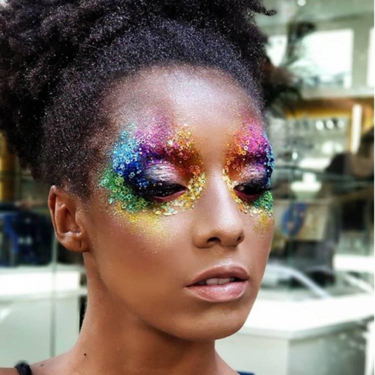 maquiagem-carnaval-colorida-glitter