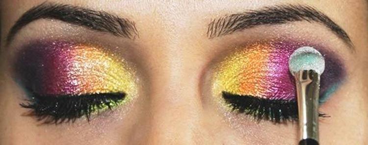 maquiagem-carnaval-sombra-colorida