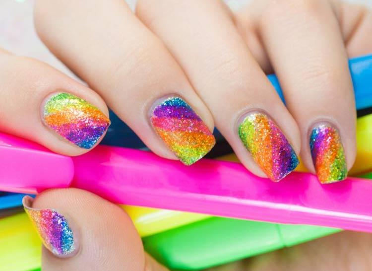 unha-decorada-neon-arco-iris-glitter