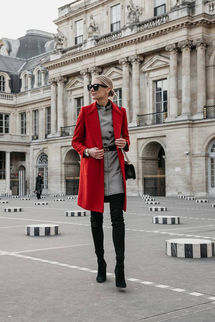 """walesprince dress and red jacket """"width ="""" 750 """"height ="""" 1125 """"srcset ="""" https://www.wefashiontrends.com/wp-content/uploads/2020/01/dress-principe Red-coat-of-Wales.jpg 750w, https://www.wefashiontrends.com/wp-content/uploads/2020/01/dress-principe-of-gales-and-reddress-200x300. jpg 200w, https://www.wefashiontrends.com/wp-content/uploads/2020/01/dress-principe-de-gales-e-red-coat-439x658.jpg 439w """"sizes ="""" (max-width: 750px) 100vw, 750px """"/></p><div class='code-block code-block-6' style='margin: 8px auto; text-align: center; display: block; clear: both;'> <script type="""