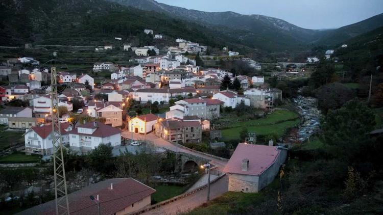 Alvoco-da-Serra-portugal
