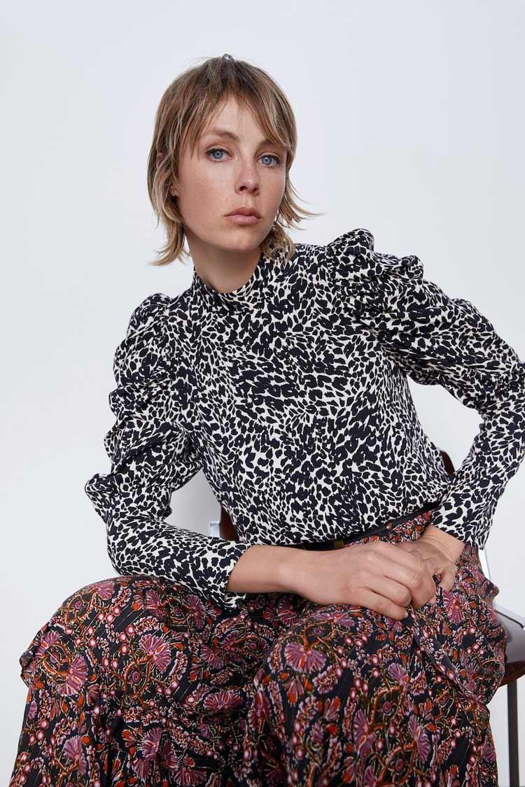 blusa-estampada-zara-anos-70