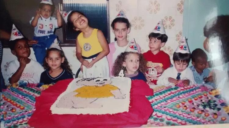 bolo-aniversario-anos-80-90