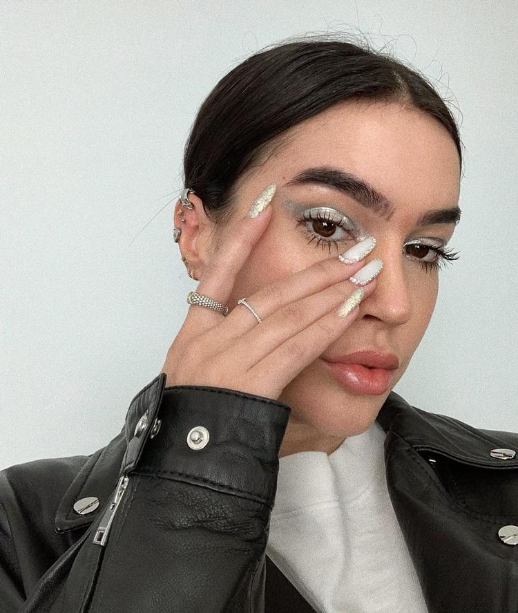 unhas-e-maquiagem-combinando